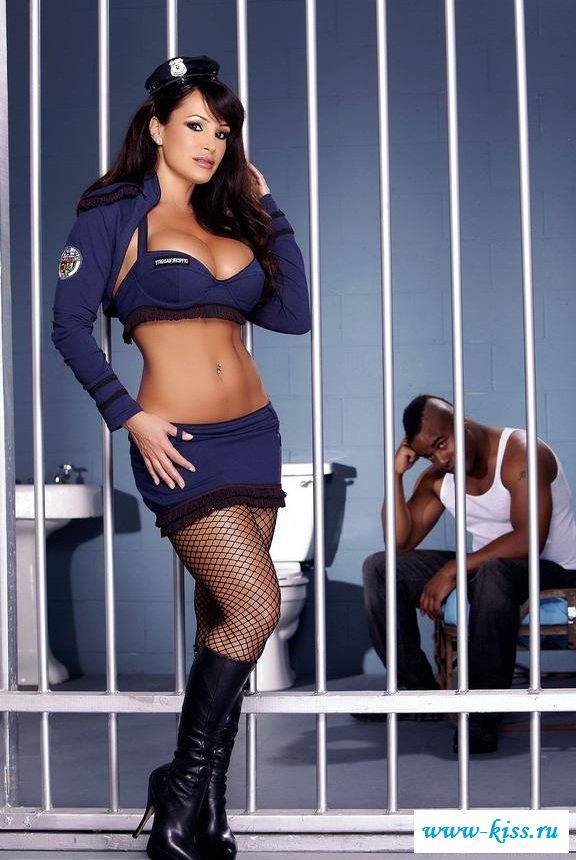 Смотреть тюрьма онлайн