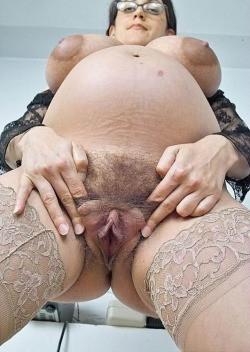 Смотреть показывают вагину онлайн